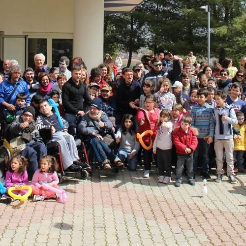 DISPONIBILI I VIDEO, Balli e giochi al Consorzio di riabilitazione CSR di Barrafranca