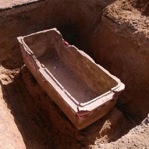 Ritrovati a Gela tre necropoli di età classica