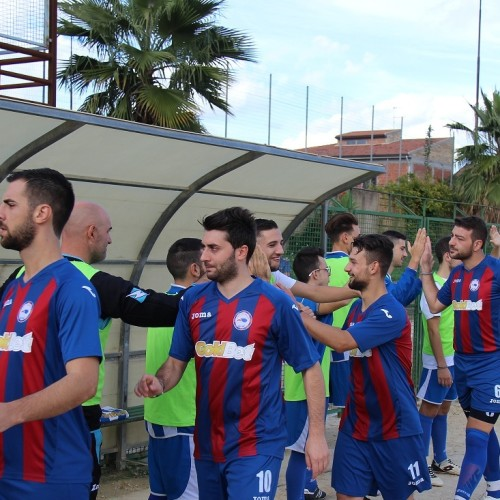 Sport. 1 Categoria girone F. Esordio della Barrese al comunale contro la Don Bosco Aidone
