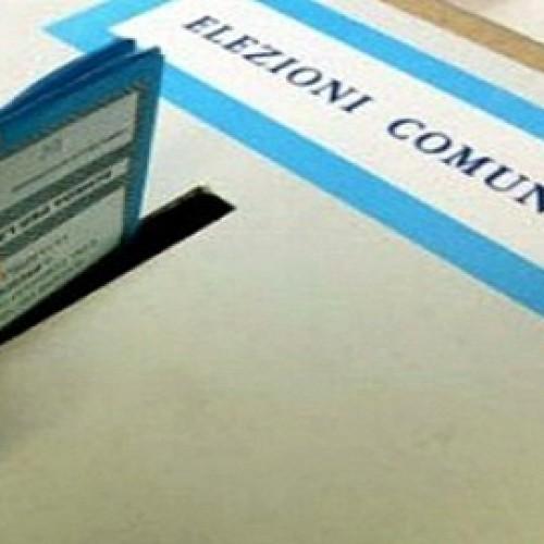 Urne aperte fino alle ore 23 per eleggere il primo cittadino e i 16 consiglieri comunali