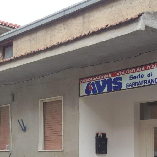 Ignoti nella notte entrano nella sede dell'Avis ma scappano dopo aver notato il sistema di allarme