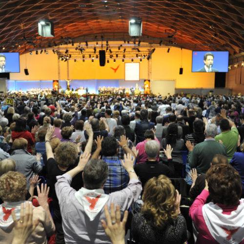 """Il Presidente della CEI, card. Angelo Bagnasco alla 40a Convocazione Nazionale del RnS: """"Un anniversario di grazia e di responsabilità davanti alla Chiesa e al mondo"""""""