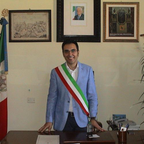 Pietraperzia: chieste le dimissioni del sindaco 23 gennaio 2017