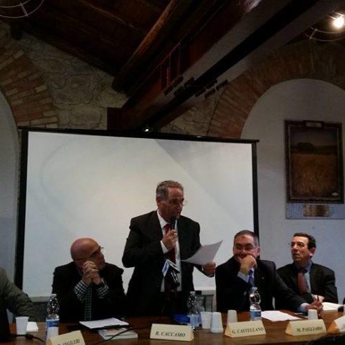 """Da una storia costruita sui valori della solidarietà Pino Castellano presenta il volume """"Il Giardino dell'Accoglienza"""""""