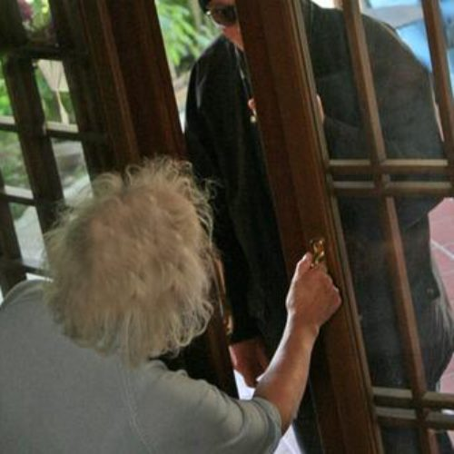 Truffa ai danni di anziana da parte di due donne qualificatesi come personale sanitario