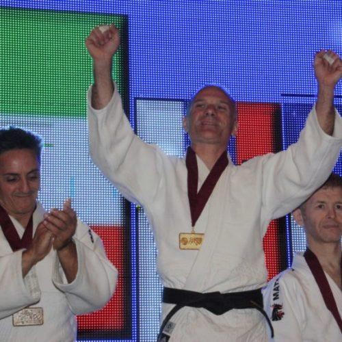 Il campione del mondo di Judo, Salvatore Palillo testimonial per la presentazione del calendario della Salute realizzato dalla Lilt provinciale