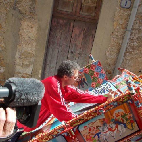 Roberto Caputo, la sua arte incontra Dolce & Gabbana