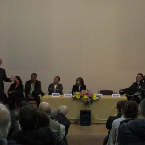 Barrafranca – L'On. Nello Musumeci al Palagiovani con la candidata barrese Maria Catena Costa