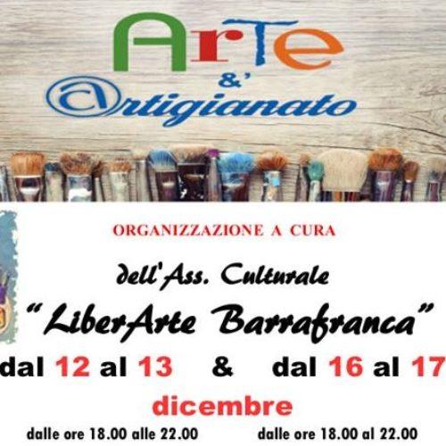 """Mostra """"Arte &' artigianato"""" a cura dell'Associazione """"LiberArte"""" Barrafranca"""