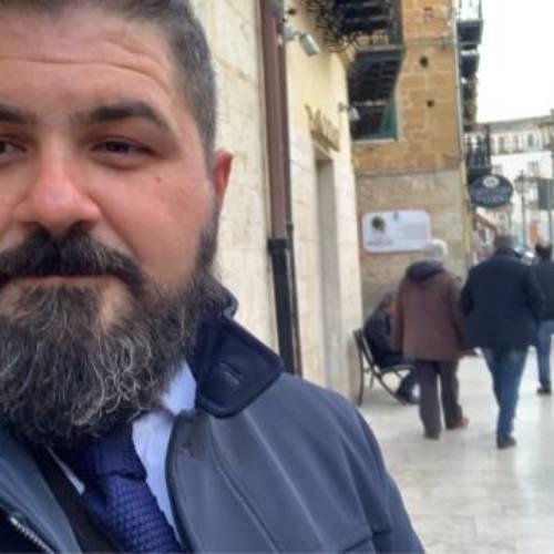 """San Cataldo. Torregrossa (Lega): """"Vandalismo sede Lega? Li denunciamo ed andiamo avanti""""."""