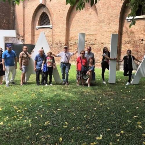 """Il Salotto artistico-letterario """"Civico 49"""" in visita alla Biennale di Venezia 2019"""