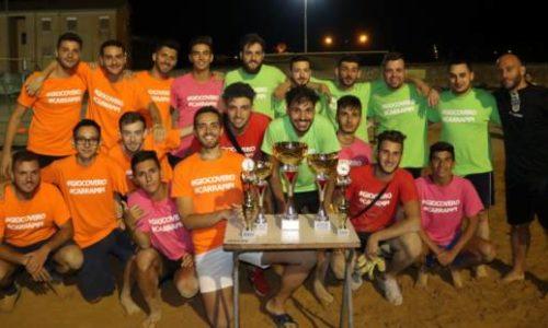 """VALGUARNERA. Si è concluso """"Carrapipi Giocovero"""", il torneo di beach soccer dell'estate valguarnerese. Prima classificata la squadra dei """"Fucsia"""". Giarrizzo (M5S): """"Un'intera comunità unita contro il gioco d'azzardo"""