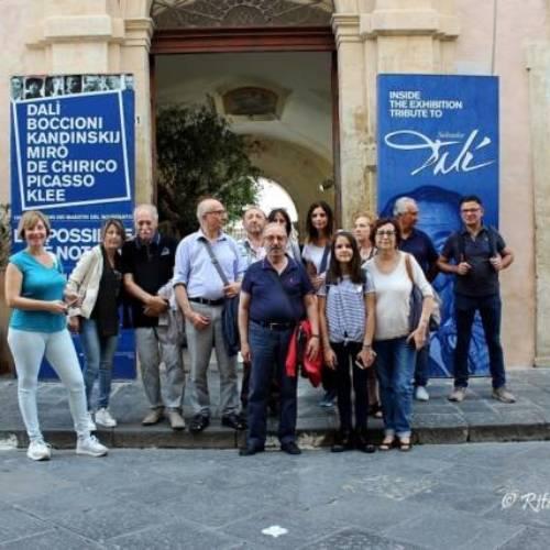 """Il Salotto artistico-lettererio """"Civico 49"""" in visita alla mostra """"L'Impossibile è Noto"""""""