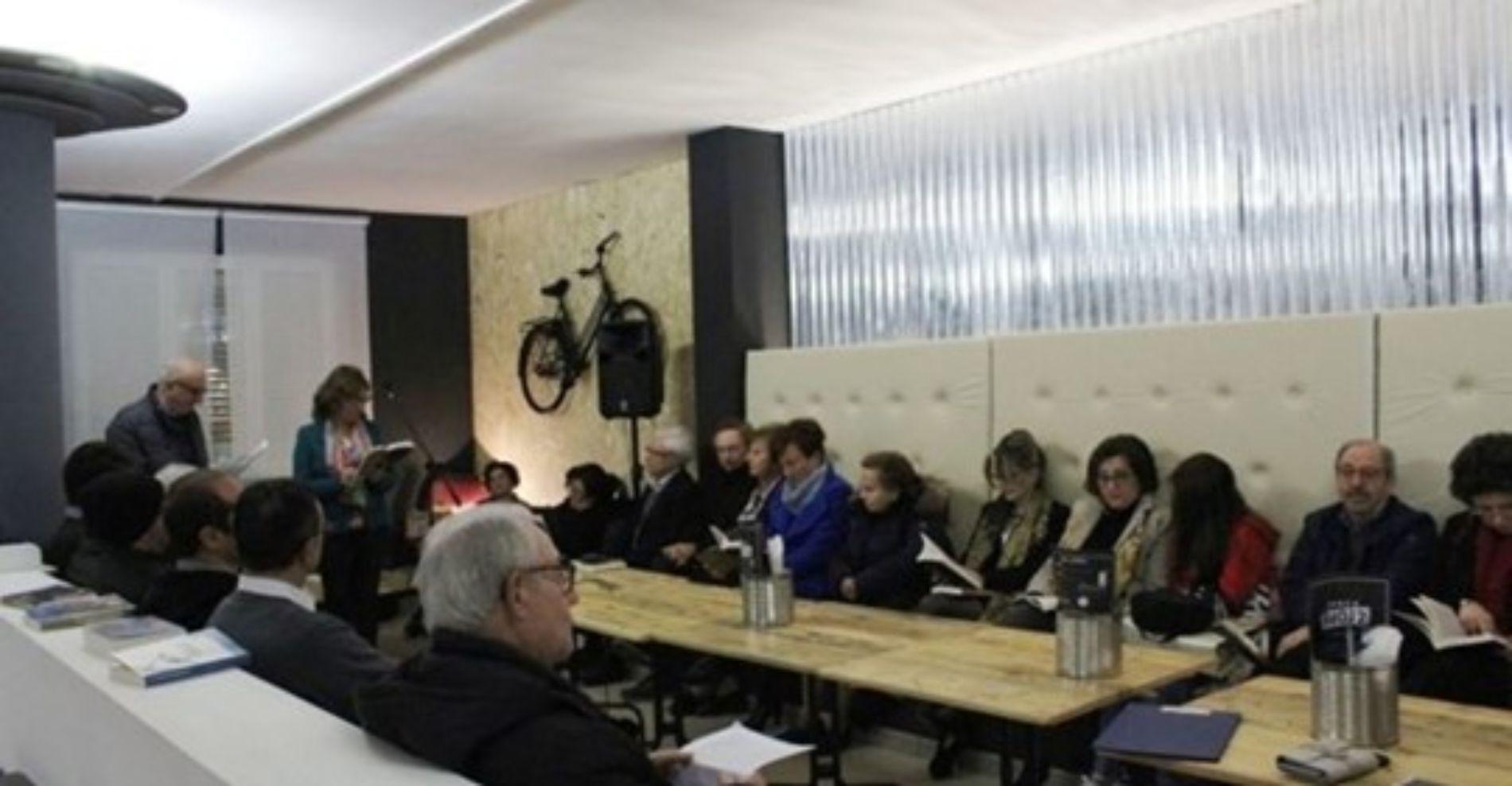 """Il Salotto artistico-letterario """"Civico 49"""" presenta l'ultimo romanzo di Diego Aleo dal titolo """"Mezzo dollaro d'argento""""."""