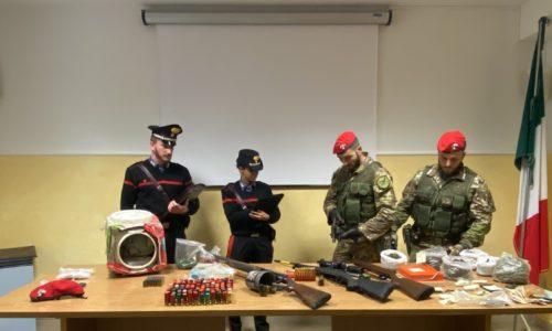 Villarosa e Leonforte (EN) Perquisizioni dei Carabinieri. tre arresti per armi e droga