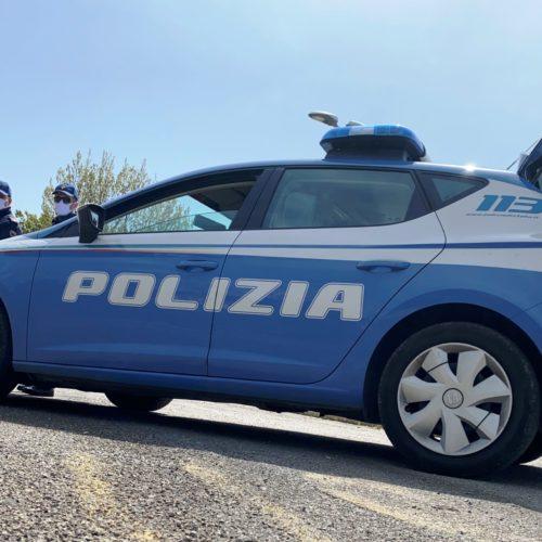 Gela, fermati con 230 chili di uva rubata in auto, denunciati dalla Polizia di Stato due pregiudicati per furto
