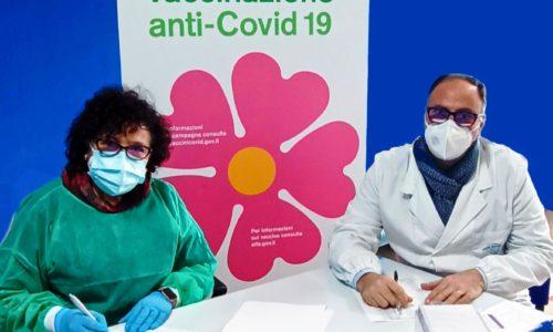 Troina. Da stamani l'Irccs Oasi ha iniziato il richiamo del vaccino anti-Covid a 50 operatori sanitari