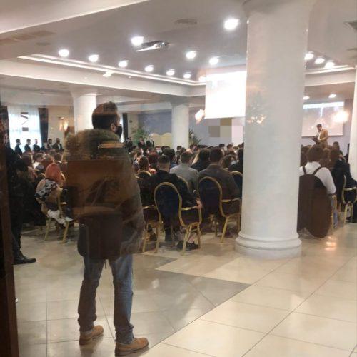 Enna. Convegno non autorizzato tra imprenditori, sanzionati in cento per violazione della normativa anti COVID