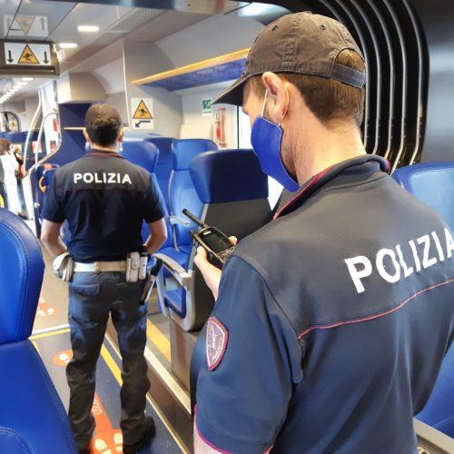Oltre 2.900 persone controllate dalla Polizia di Stato nelle stazioni ferroviarie e a bordo dei treni della Sicilia