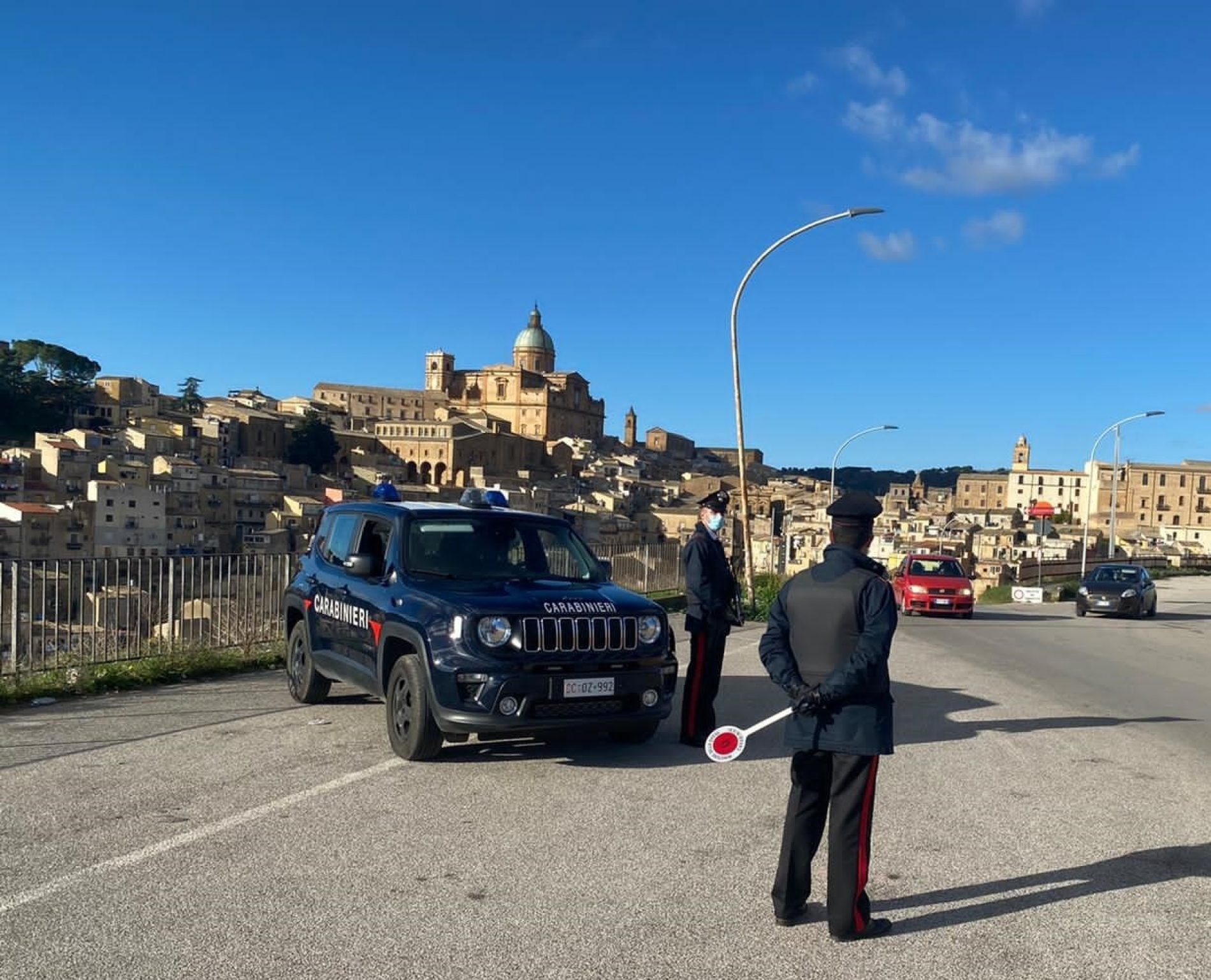 PIAZZA ARMERINA. Weekend di controlli, sanzionato un locale della città dei mosaici per lavoro e nero e mancato rispetto norme anti covid.